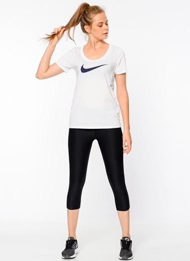Tayt Nike